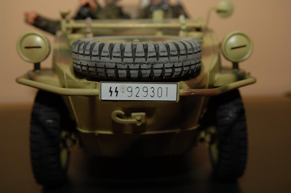1.SS-Panzer-Division Leibstandarte-SS «Adolf Hitler» Typ 166 Schwimmwagen 1944-03.jpg